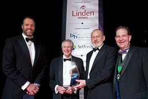 Trenchard Arlidge win top award!
