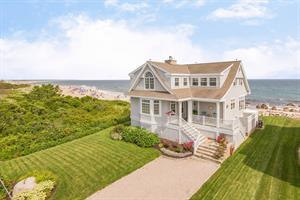 QUONNIE BEACH HOUSE SELLS IN 18 DAYS