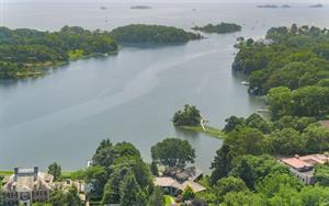 Spectacular Greenwich Waterfront Property Sells for $4.7 Million.