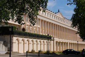 Carlton House Terrace, Luxury London Home for £250 Million.