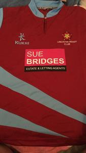 Sue Bridges sponsor Lancaster Hockey Club's 1st Team Squad!