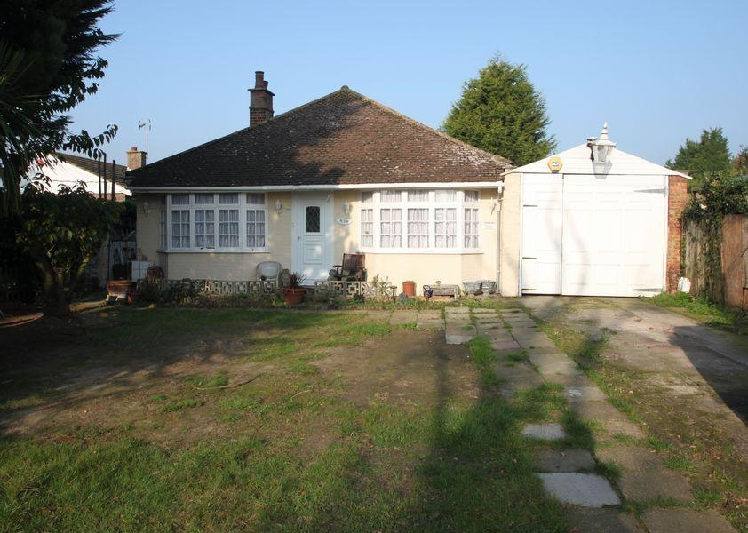 3 bedroom Detached bungalow For Sale in St Johns Road, CLACTON ON SEA